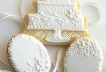 Wedding Cookies / Biscuit, cookie, champagne, dress, favours, celebration, ring, love, lace, just married