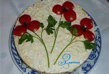 Salata ve süslemesi