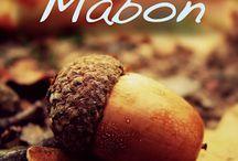 Mabon - Fall Equinox - Alban Elfed - 21-23 september / Het Keltisch jaarfeest, maar ik laat me uiteraard ook inspireren door de handwerken en knutsels zoals die in de Antroposofische levensstijl bijvoorbeeld in de aankleding van de seizoenstafel gehanteerd worden.