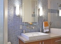 Bathrooms Beach Inspired / Classic connotation between the ocean and bathrooms