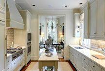 Kitchen - 1822 / by Rebecca Redeker Winter