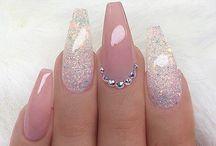 Nails for summer hols