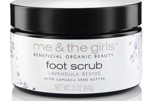 Scrubs / Our body and foot scrubs work wonders on rough, dry skin. Vegan/Organic/Anti-Aging