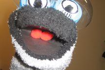 Muppets  of sokpoppen maken. / Van oude of nieuwe sokken leuke poppen(kast)poppen maken.