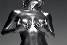«Серебряный взгляд» — женское тело