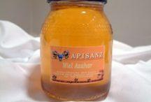 Miel Natural / La miel es el edulcorante por excelencia y está demostrado que tiene unas propiedades muy beneficiosas para el organismo humano