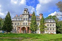 Malina - Pałac / Pałac w miejscowości Malina został wybudowany w ostatniej ćwierci XIX wieku. W okresie XX lecia między wojennego był w posiadaniu Ludomira i Reginy Skotnickich. Ostatnim właścicielem pałacu przed wybuchem II Wojny Światowej był Leopold Skotnicki. Po zakończeniu działań wojennych w pałacu ulokowano Państwowy Dom Dziecka. Obecnie stanowi własność prywatną i funkcjonuje jako hotel.