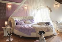 Dream Bedrooms / by Tina Johnson
