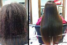 Brazilian Keratin / Η Brazilian Keratin είναι η διαδικασία που σας χαρίζει αυτό που ονειρεύεστε. Ισιώνει το μαλλί με φυσικό τρόπο, ενώ συγχρόνως λειτουργεί και ως θεραπευτική μέθοδος, αφού η κερατίνη που εισχωρεί στην τρίχα, την επανορθώνει και την αναδομεί, αφήνοντας απαλά, υγιή μαλλιά.