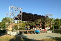 palco con copertura / torri layher che sostengono copertura