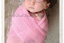 New Born Photography and poses / New Born babies and how to pose them, dress them for a photo shoot