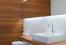 Bathrooms / Baños interesantes.