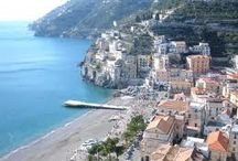 Minori / Minori is a town and a comune in the province of Salerno in the Campania region of southwestern Italy, situated on the Amalfi Coast. It is the site of the well-preserved ruins of a Roman villa, which are open for public viewing.