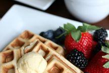 EASY Breakfast / Brunch Recipes / Easy breakfast recipes for everyday and brunch recipes for entertaining on the weekends.