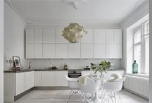Kitchen / Sleek sexy cooking space
