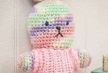 Selection of free Crochet Patterns.