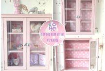 Van oud naar nieuw: hip kastje / Ik maakte een hip kastje voor de kinderkamer van een oud vitrinekastje. Op mijn blog lees je hoe: www.doorlotte.nl/hip-kastje