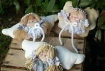 Small angle dolls
