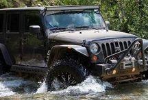 Jeep / Sobre el río