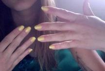 Nails nails, je suis une nailophile / by Sodapop **