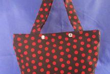 Bolsos / Diferentes modelos de bolsos hechos con tela de algodón y/o poliester. Puedes elegir la tela que más te guste y te costureo el modelo que prefieras!