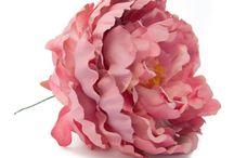 Nani Moreno / Diseñadora de flores de flamenca originales.
