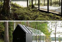 Dieser Verglaste Schlafzimmer Neben Einem See Dient Auch Als Ein Gewächshaus