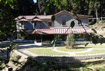The Heritage Bungalows of Darjeeling / Travel through the heritage and luxurious British Bungalows of Darjeeling.