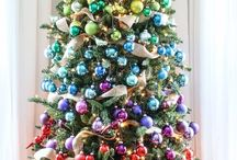 Новогодние елки и композиции