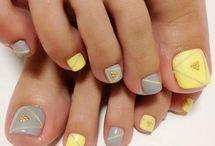 toe nails designs
