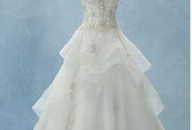 I do / Ideas I want to remember when I marry  / by Anna Tamburello