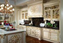 Antique style / Interior in historical style by Italian manufacturers. Примеры итальянской мебели и элементов декора в историческом стиле. Все примеры вы можете приобрести в нашем салоне