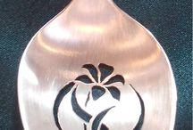 smycken av bestick