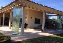 Cerramiento de Porche en Alicante / https://www.cerramientosabatibles.com/galeria/cerramiento-cristal-porche-alicante