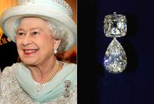 Royality - Queen Elizabeth's brooches