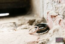 Wedding Rings / The wedding rings of couples that simply white has photographed.