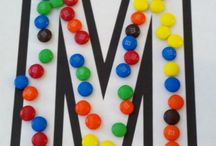 Letter Mm / activities to help toddlers and preschoolers learn the alphabet; fun ideas for crafts, activities, games, and snacks