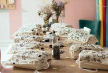 DIY Make my Lemonade & Comptoir / Le 19 septembre, Lisa (Make My Lemonade) et ses 10 invitées ont customisé l'iconique sneaker slash dans l'atelier parisien de notre bloggeuse.  A découvrir...