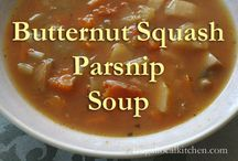Quick and Easy Soup Recipes / I love soup in the fall and winter months.