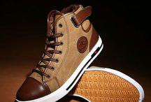 Modern sportos cipő / Kényelmes viselet