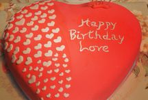 Romantic Cakes and Cupcakes / Valentine's Day, Anniversary Cakes and Cupcakes
