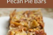 Chocolate pecan pie slices