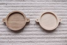 Wooden connector settings / wooden jewelry making, wooden craft supply, wooden jewelry supply, wooden pendant base, wooden cabochon frame, wooden setting, wooden bezel cup, wooden resin tray