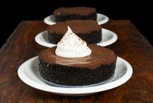Desserts / by Tatiana Santana