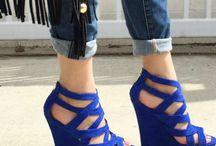 Blue blue / Wszystko co na siebie, wszystko co niebieskie.