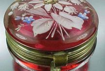 Cranberry Glass (beautiful) !!!!!!! / by Charolette Pool