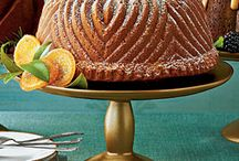 Recipes: Cakes Bundt & Pound Cakes / by Julie Ann Knott