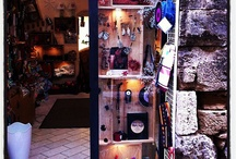 Handmade in Tuscany, the perfect shop! / In the heart of San Gimignano creativity has its own warm home: SopraSotto Toscana Creativa. Follow us and discover the power of handmade art and design in Tuscany!
