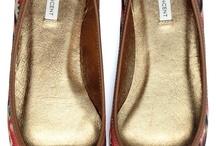 Shoes / by Michelle (Laverdiere) Baysan
