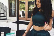 K & K JENNER  / Kylie & Kendall